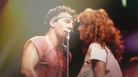 Bruce Springsteen and Patti Scialfa's Singing Together at a Stage