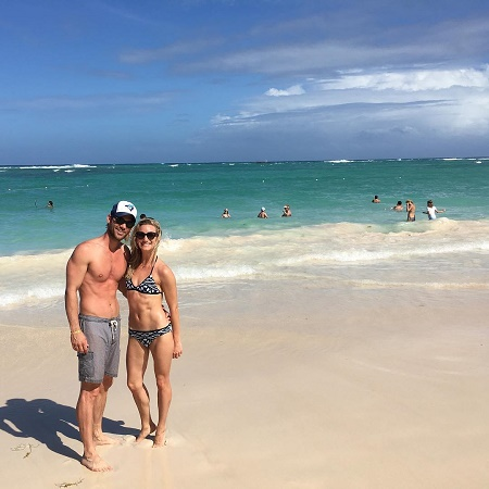 Kevin McGarry spent a Holiday with his girlfriend,  Alex Heroz on a beach