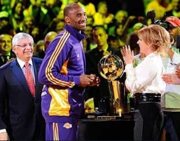 Jeannie Buss Los Angeles Lakes president