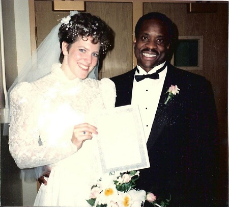 larence Thomas started dating his current wife, Virginia Thomas in 1981 while he was still married to Ambush.