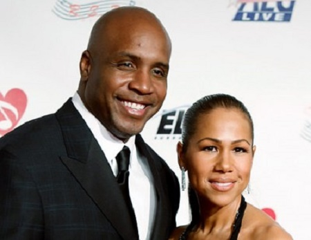 Barry Bonds' Liz Watson Liz files for Divorce in July 2009