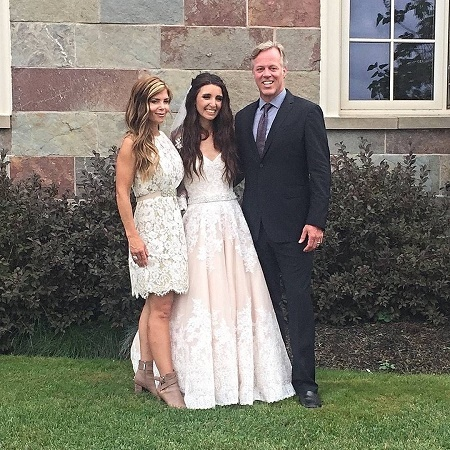 Amie Yancey's daughter Sarah got hitched to her husband, Mitch