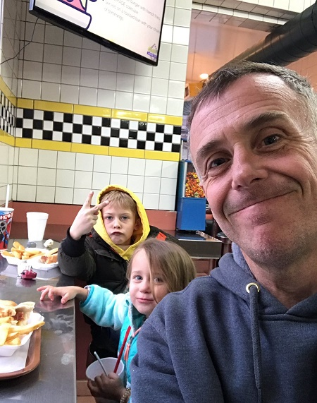 Chicago Fire's actor David Eigenberg shares two Children with wife, Chrysti Eigenberg