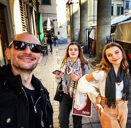 Gabriele Corcos is a Father of Two, Evelina, 17, and Giulia,13,