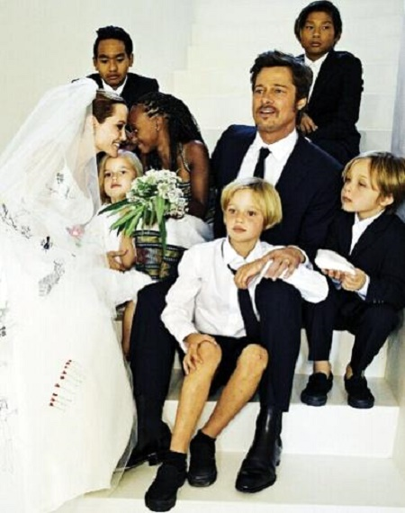 The Wedding Picture of Brad Pitt and Angelina Jolie