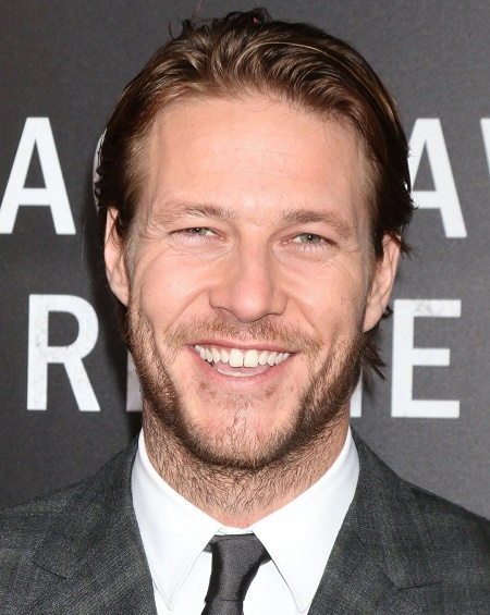 Home And Away S Actor Luke Bracey Is Happily Single Man After The Break Up With Actress Eiza Gonzalez Married Celeb