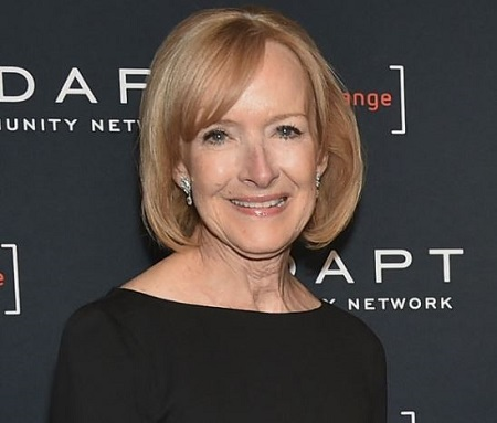 Judy Woodruff is the journalist who works as an anchor, managing editor, at the PBS News Hour.