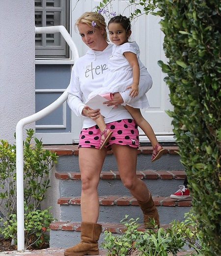Lexie With Her Aunty, Britney Spears