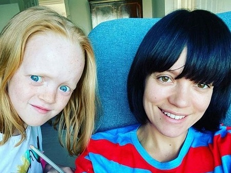 Lily Allen With Her Daughter, Marnie