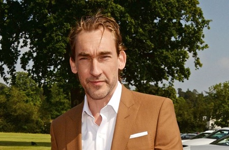 The actor Joseph Mawle has portrayed the role of Benjen Stark in the HBO series Game of Thrones.