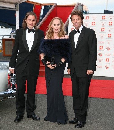 Dimitri Alexander Hamlin with his father Harry Hamlin and his mother, Ursula Andress.