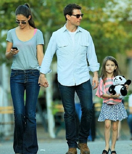 Suri Cruise With Her Divorced Parents, Tom Cruise and Katie Holmes