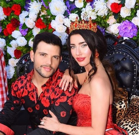 The actress Jacqueline MacInnes Wood and Elan Ruspoli are married since August 2018.