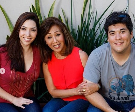 Linda Yu with her son Rick Baer and daughter Francesca Baer Ling.