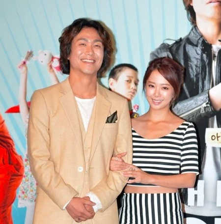Oh Jung-Se Is Happly Married to His Wife, Ahn Hee Sun For 14 Years
