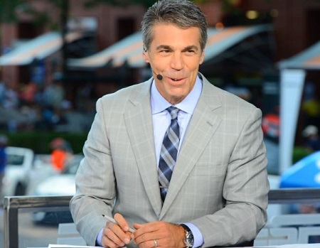 Chris Fowler Talks About Serena's Pressure, John McEnroe and His Passion For Tennis