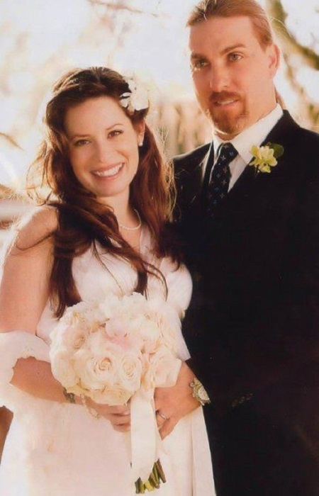 The Wedding Portrait Of Holly Marie Combs and David W. Donoho