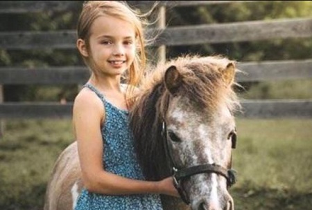 Ava Grace McIntosh died at the age of 8.