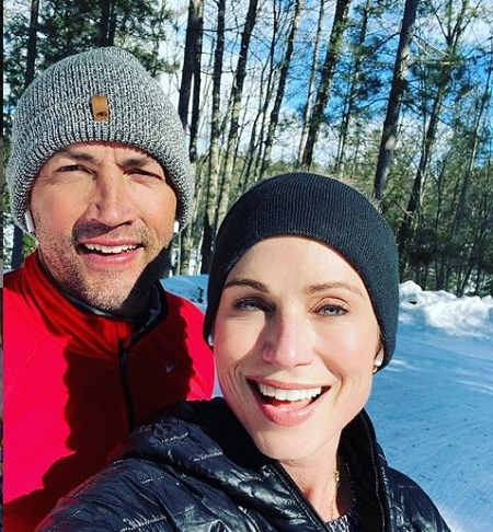 The journalist Amy Robach and an actor Andrew Shue married on February 6, 2010.