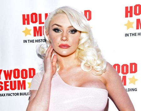 Brittany Stodden is the sister of famous American model, singer, media personality, Courtney Stodden.