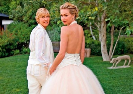 Portia and Ellen have been married since 2008.