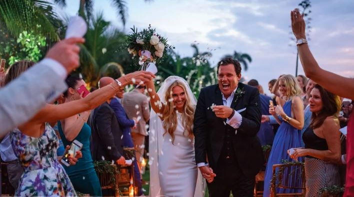 The Bachelor Alum, Bob Guiney Married His Four Years Of Girlfriend, Jessica Canyon in 2016