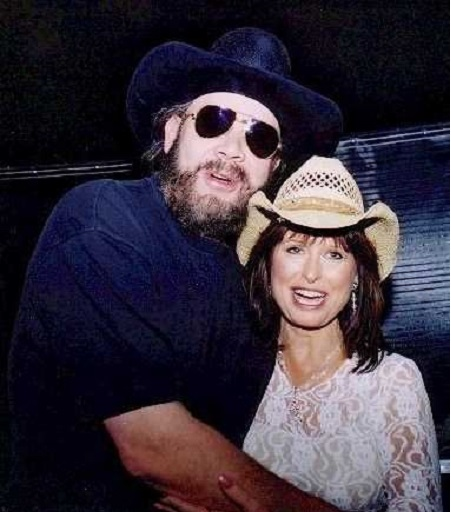 Mary Jane Thomas and  Hank Williams Jr. Are Married Since 1990