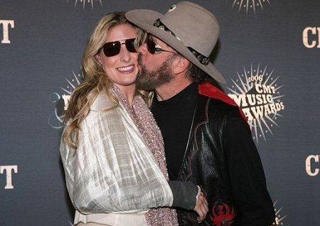 Hank Williams Jr and Becky White Have Two Daughters, Hilary Williams and Holly Williams