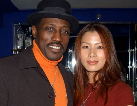 "The American actor Wesley Snipes is married to a South Korean painter Nakyung ""Niki"" Park since March 17, 2003."