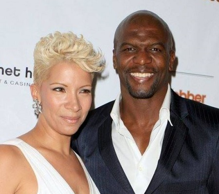 Tera Crews' parent's Rebecca King and Terry Crews are married since July 29, 1989.
