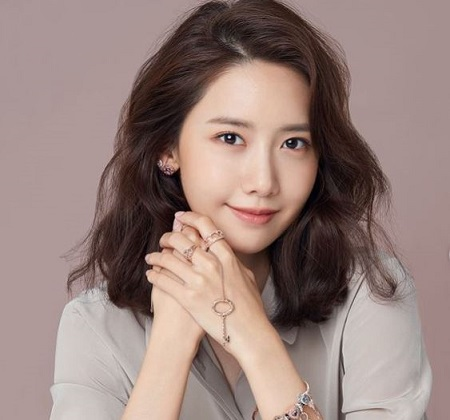 The South Korean actress Im Yoon-ah is living a single life without having any romantic affair.