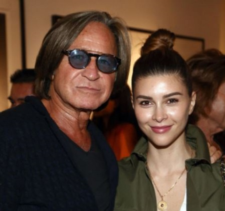 Shiva Safai was engaged to Jordanian-American real estate developer Mohamed Hadid from 2014 to 2018.